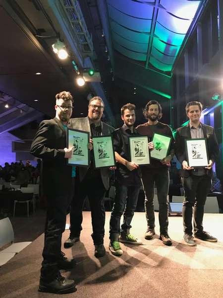Sacha Lefebvre et Jean-François Laliberté qui viennent de remporter le Prix Bédéis Causa - Réal Fillion
